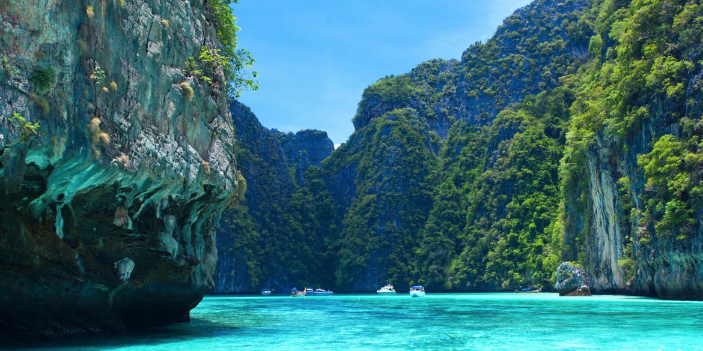 Phi Phi Island - Phuket yacht charter